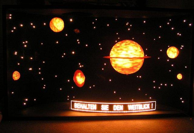 Bewegte dekorationen und objekte for Dekoration universum
